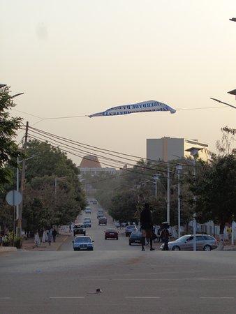 Presidential Palace: avenida principal