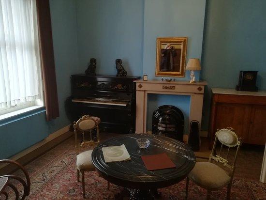 Rene Magritte House Museum: IMG_20180323_154104_large.jpg