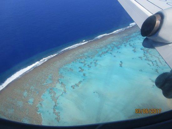 Aitutaki Village: Anflug auf Aitutaki