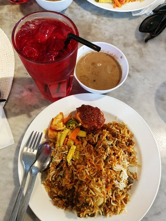 Heeren House: super fine nasi beriyani, should try !! 😘