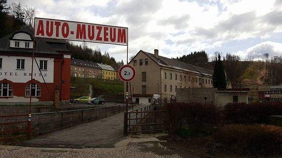 Muzeum socialistickych vozu