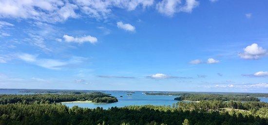 Houtskar Island, Finland: Climb up to Borgberget - näkymä Borgerberget näköalatornista