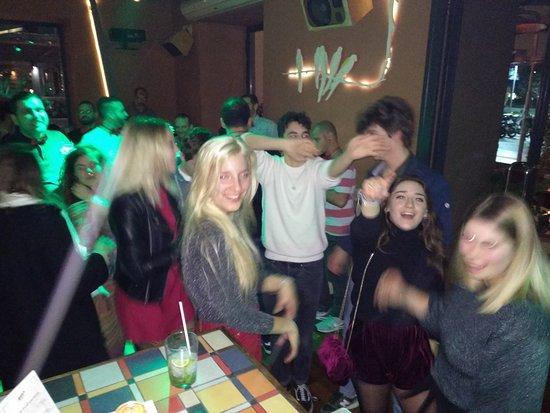Pub Crawl Athens
