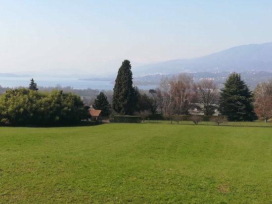 Azzate, Italia: vista 2