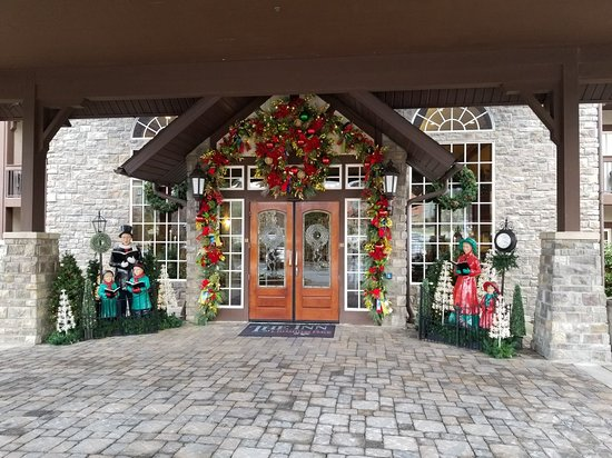 The Inn at Christmas Place: 20180312_172015_large.jpg