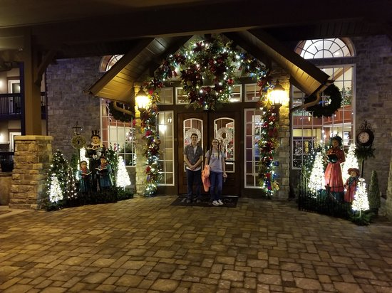 The Inn at Christmas Place: 20180311_194939_large.jpg