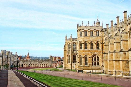 قلعة وينسور: Windsor Castle