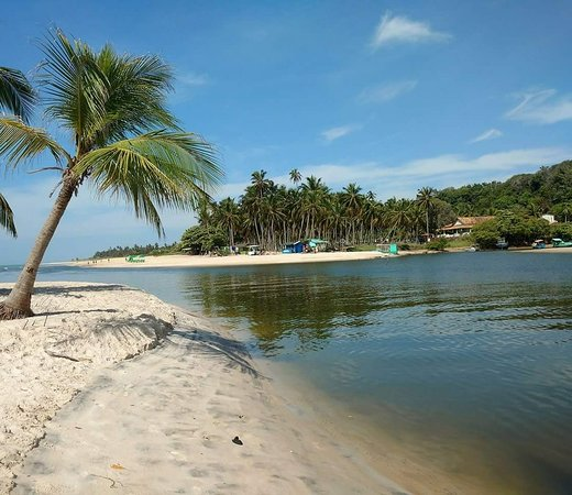 Barra de Jequia Beach: Praia Barra de Jequiá