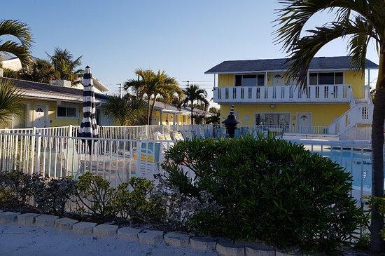 White Sands Beach Resort: Photo1521895467569_large.jpg