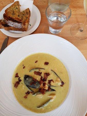 Seafood Cafe: 20180324_131347_large.jpg