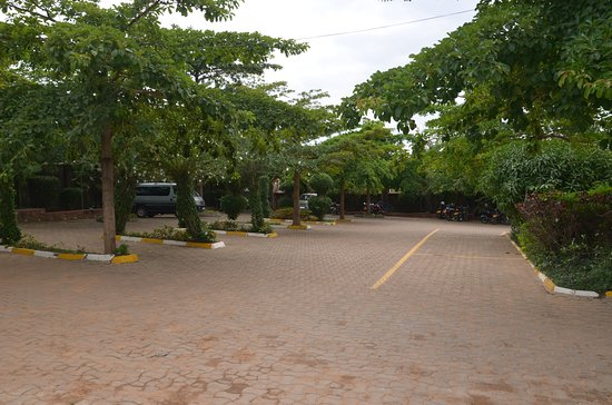 Arua, Uganda: Parking lot