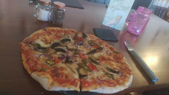 Allendale, UK: Home made Pizza