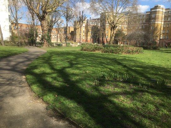 St Andrew's Gardens