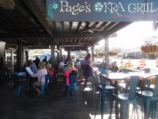 Pages Okra Grill : Outside Seating