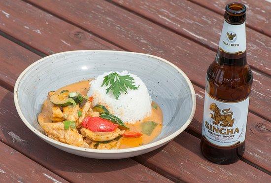 Wentbridge, UK: Thai Night Chicken Curry
