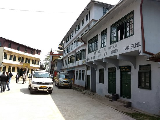 ‪Tibetan Refugee Self Help Center‬