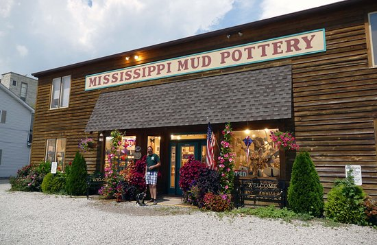 ‪Mississippi Mud Pottery‬