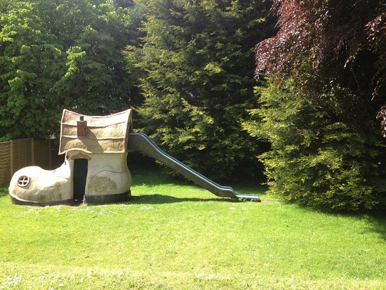 Torthorwald, UK: Nice Summers Day. Let the kids play!!