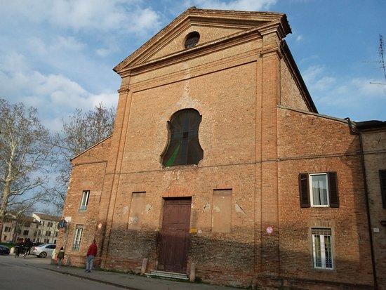 Ferrara, Italie : Esterno chiesa delle sacre stimmate di san Francesco