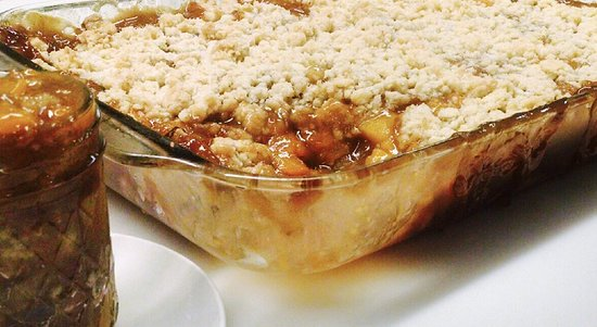 ‪‪Melvern‬, ‪Kansas‬: Fresh, made from scratch Peach Cobbler!  Served every Thursday! ‬