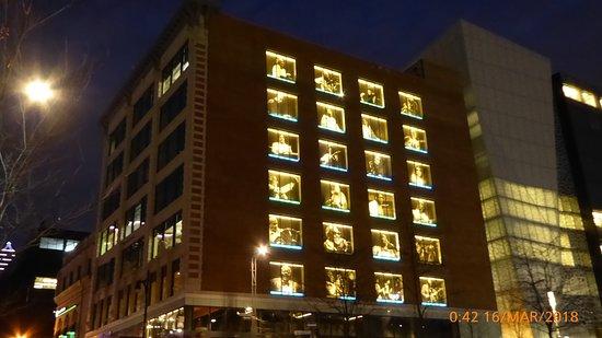 Hotel l'Abri du Voyageur: pobliski budynek