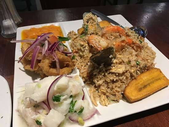 Tito's Peruvian Restaurant: Ceviche y Mariscos