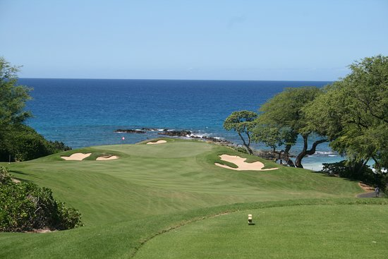 Mauna Kea Resort Golf Course: One of the great views on this course
