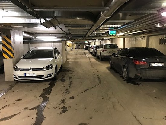 Nordic Hotel Forum: parking hall