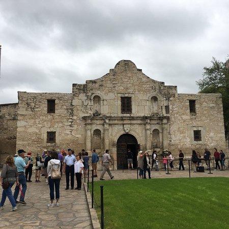 The Alamo San Antonio Tx Hours Address History