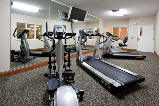 health club picture of holiday inn express fort collins fort collins tripadvisor. Black Bedroom Furniture Sets. Home Design Ideas