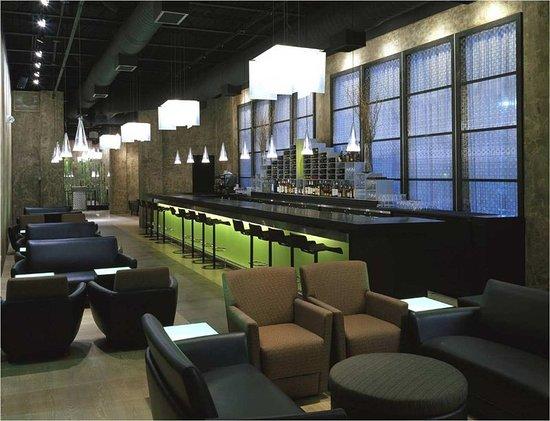 Mundelein, Илинойс: Bar/Lounge