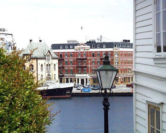 Best Western Plus Victoria Hotel