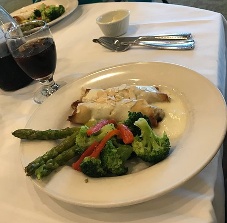The Cafe at Brookwood: Chicken crepes with veggies