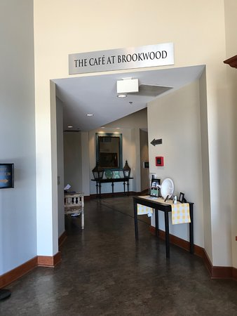 The Cafe at Brookwood: Entrance to Cafe from Lobby