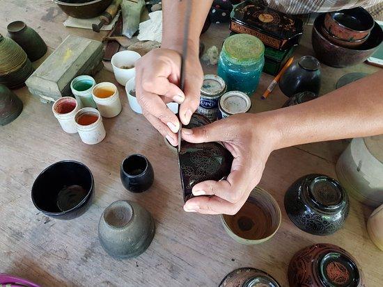 Jasmine Family Lacquerware Workshop: Engraving of Lacquerware