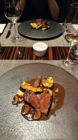 Restaurant Sky, Mitsui Garden Hotel Ginza Premier: メインの肉料理「黒毛和牛のフィレ肉ロースト」