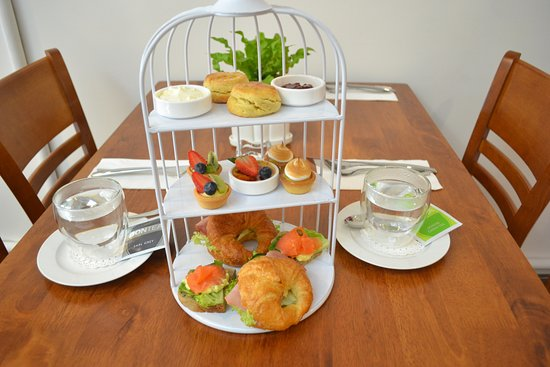 The Line Sandwich Cafe: Tea Set for Two