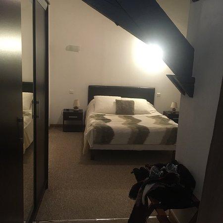 la passerelle b b vierzon france voir les tarifs 46 avis et 12 photos. Black Bedroom Furniture Sets. Home Design Ideas