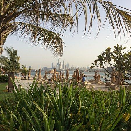 Entspannte Tage an Pool und Strand