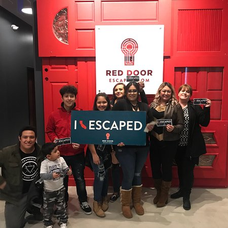 ‪Red Door Escape Room‬