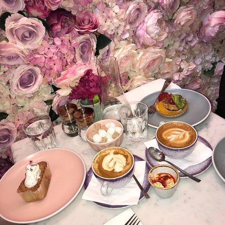 Elan Cafe Photo