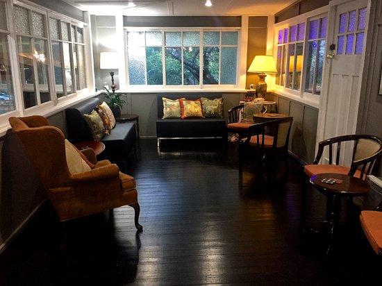 Bundanoon, Australia: Separate lounge area
