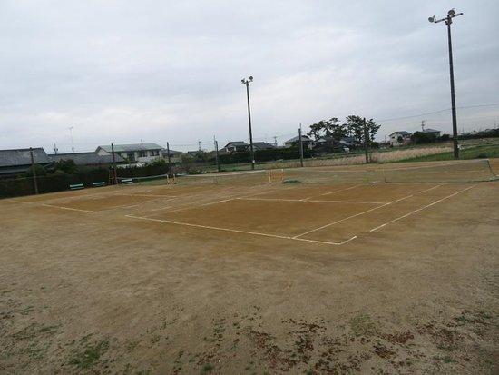 Shirowa Tennis Court