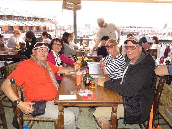 Entre amis picture of zeitoun cafe marrakech tripadvisor for Lunch entre amis