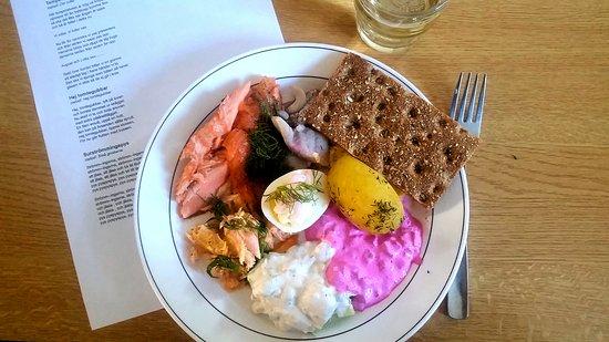 Prastmon, Szwecja: Typisk svensk mat