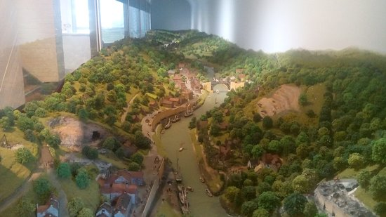 Museum of the Gorge: Model Village