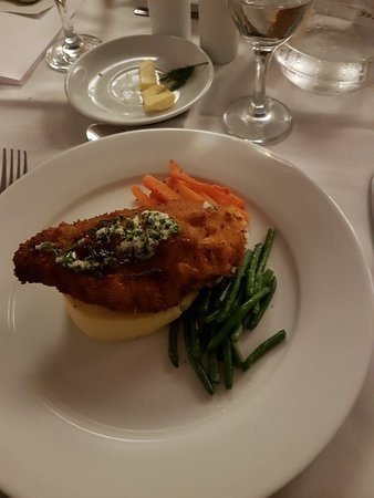 Holiday Inn London-Shepperton: 20180323_203805_large.jpg