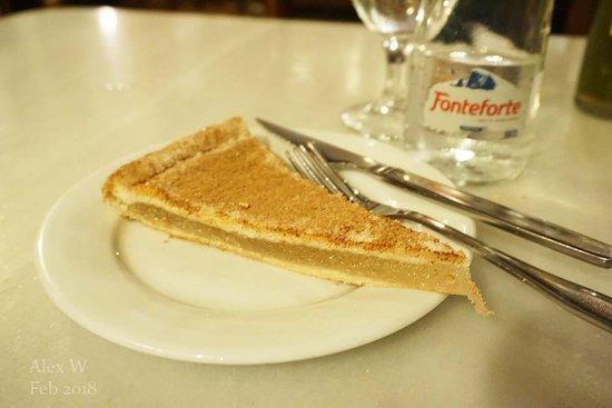 Taberna Salinas: Pastel Cordobes - pumpkin filling