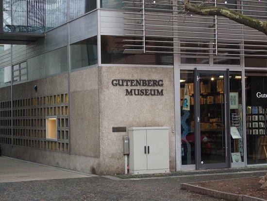 Gutenberg-Museum: 博物館ショップ入り口