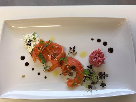 Portalban, سويسرا: Notre saumon 